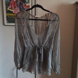 2 piece flowy shirt with cinch around the waist